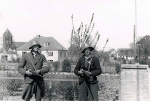 Frihedskæmpere. Billedet er taget 4.5.1945 ved Borup Skole.