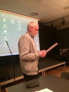 Formand for Køge Byarkivs Venner Ole Struer aflagde formandens beretning.