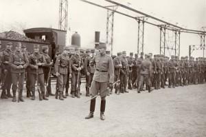 Den kongelige Livgardes I. Bataljon ankommer i maj 1915 som Køges nye garnison.