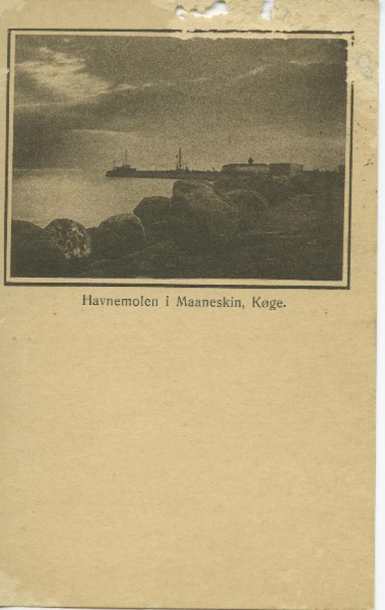 havnemolen-i-maaneskin