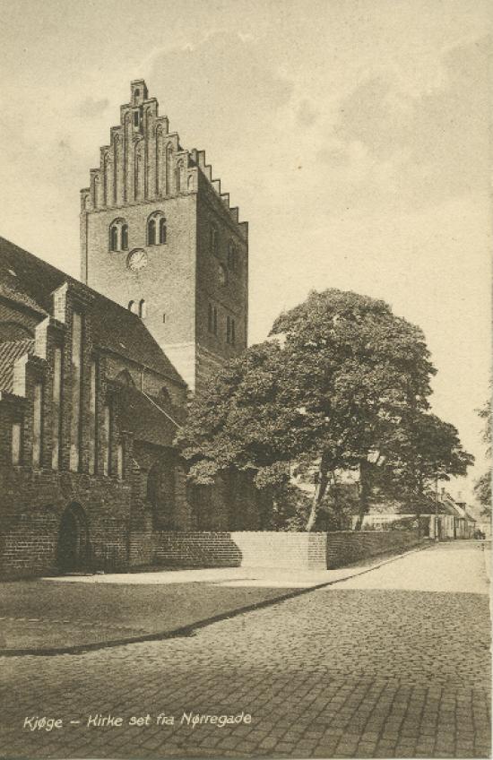 koege-kirke-mod-vest