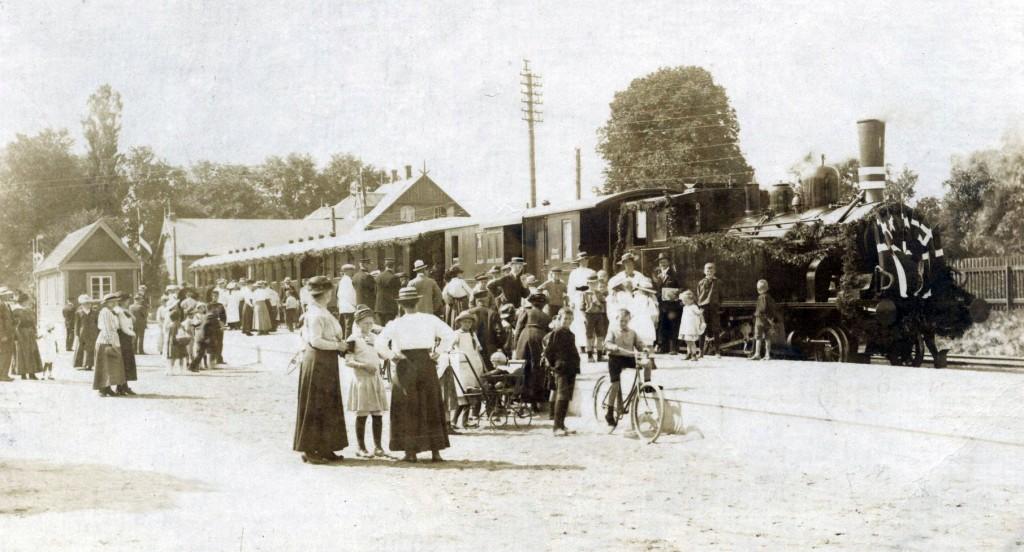 Fra åbningsdagen på Køge-Ringstedbanen