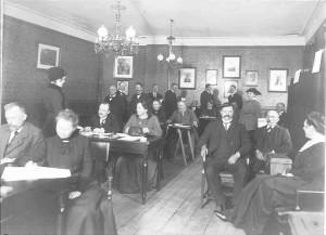 Kvinder stemmer første gang til Rigsdagsvalg 1918 – Køge Rådhus