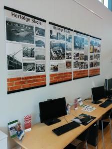 Plakatudstillingen kan ses på Herfølge Skole samt på Lokalhistorisk Arkiv for Herfølge-Sædder Sogne