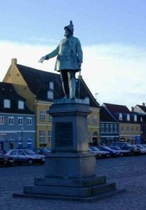 Statue af Frederik den VII, Køge Torv
